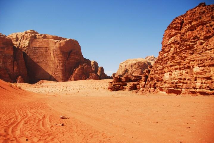 Desertul-Wadi-Rum-vacanta
